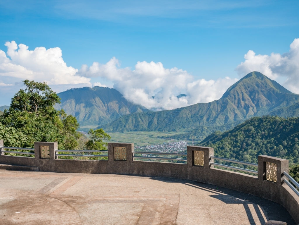 9 Tempat Wisata di Lombok Selain Pantai yang Wajib Dikunjungi